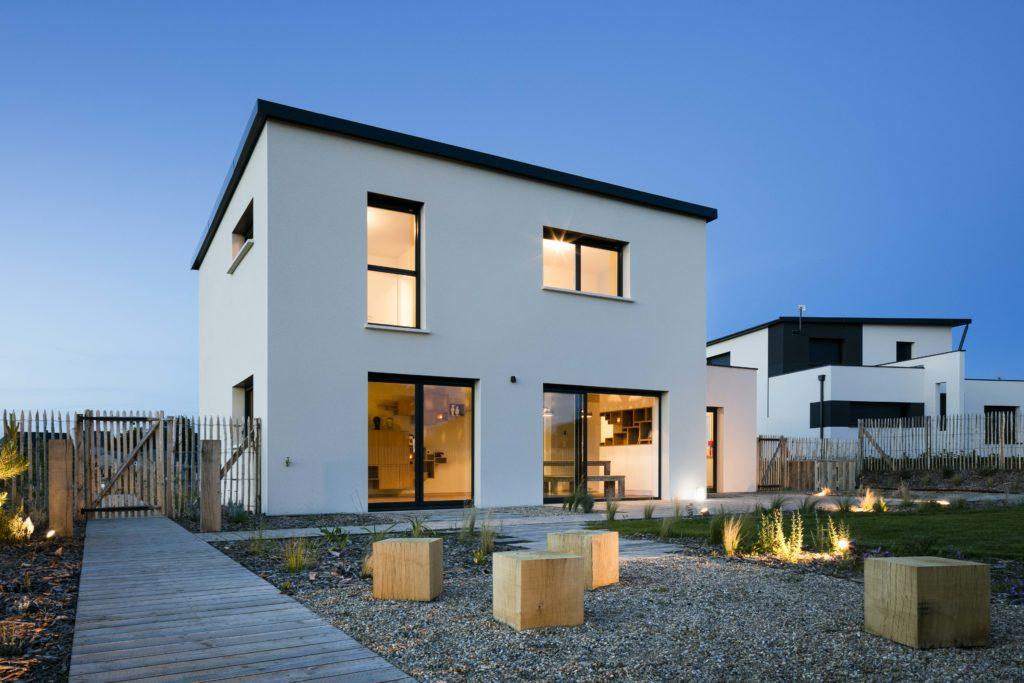 Les matériaux utilisés pour cette construction se marient parfaitement et donnent du caractère à l'architecture