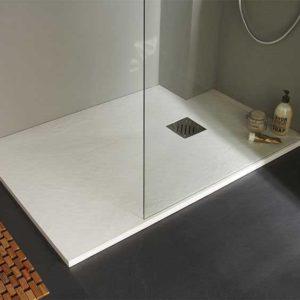 Receveur de douche ultra plat étant une alternative à la douche à l'italienne