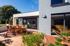Une terrasse design et fonctionnelle pour en profiter pleinement