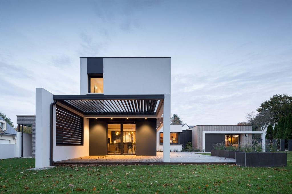 Maison Trecogat à étage innovante et design