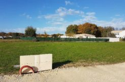 Terrain à Breuillet 17920 1000m2 120000 € - OBE-18-11-12-2